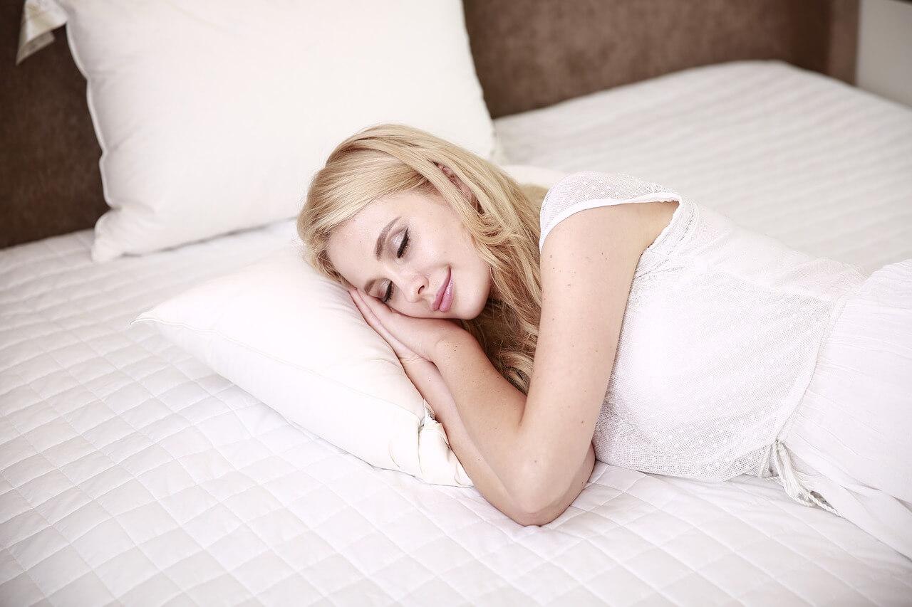 השפעת שינה איכותית ורציפה בשעות הלילה על חיינו